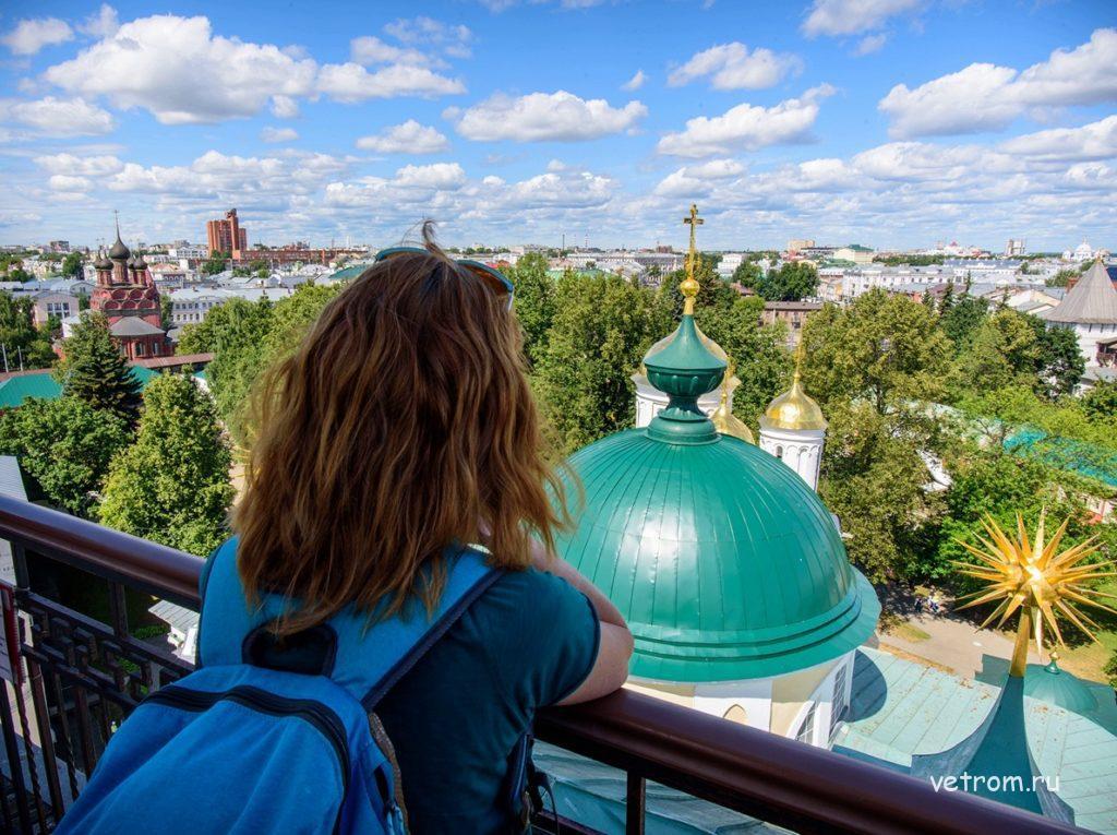 Вид со звонницы Спасо-Преображенского собора Ярославль
